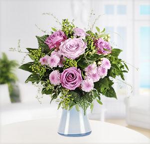 Sommerhauch mit blauer Vase