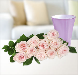 10 Duftrosen Pink O'Hara® mit fliederfarbener Vase