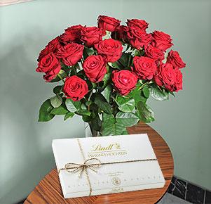 20 rote Rosen mit Lindt Pralines Hochfein 350g