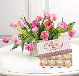 20 rosafarbene gefüllte Tulpen mit Pink Champagne Truffes Pralinen 90g