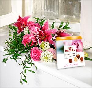 Lily rosé mit Hachez Muttertagspralinen