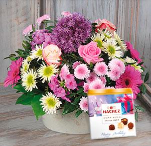 """Blütenzauber mit Hachez Pralinen """"Happy Birthday"""""""