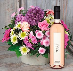 Blütenzauber mit Roséwein Rosa