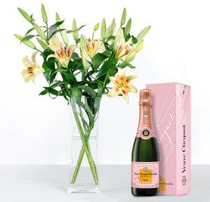 5 cremefarbene Lilien mit Veuve Clicquot Rosé, 0,375 l