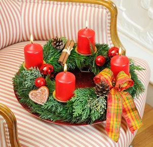 """Adventskranz """"Petit Noël"""" mit Dekoteller"""