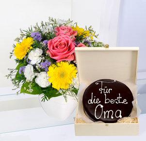 """Oma ist die Beste mit Schokoladentorte nach Sacher Art """"Für die beste Oma"""""""