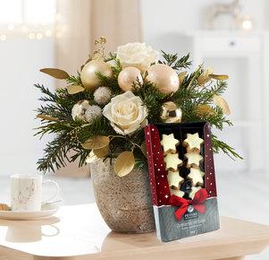 Blumenstrauß Weihnachtsgruß mit Zimtsternen in Weiss, Rot, Creme, Gold und Grün