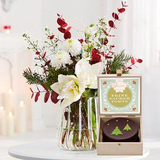 Blumenstrauß Nordic Treasure mit weihnachtlicher Sachertorte in Weiss, Rot, Grün und Braun