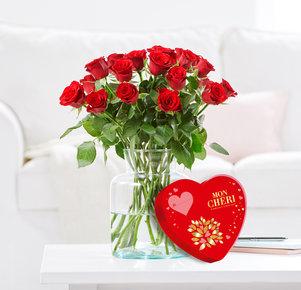 20 Rosen Red Ribbon mit Mon Chéri Herz in Rot