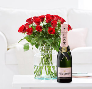 20 Rosen Red Ribbon mit Champagner Moët Rosé in Rot und Rosa