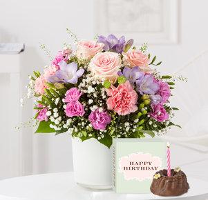 Blumenstrauß Blumenkuss mit Geburtstagsküchlein mit Kerze in Weiss, Rosa, Pink und Lila