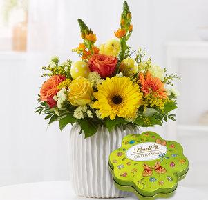 Blumenstrauß Osterküken mit Lindt Oster-Minis Kleeblatt in Gelb und Orange