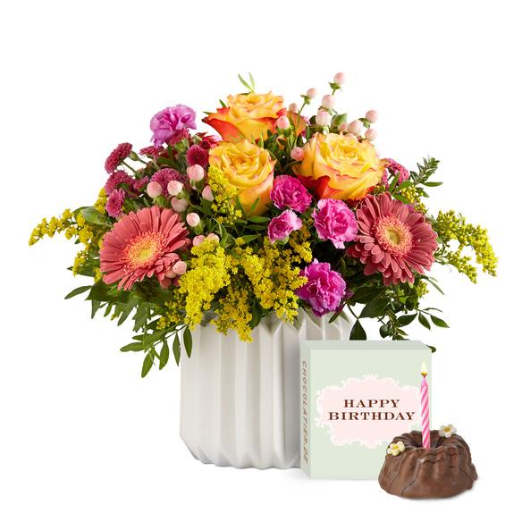 Blumenstrauß  Spiel der Farben Größe M mit Geburtstagsküchlein mit Kerze