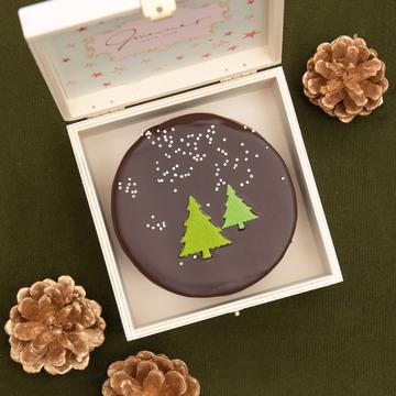 Weihnachtliche Sachertorte in Holzbox, 200