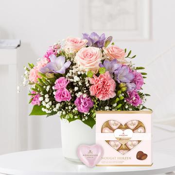 Blumenkuss Größe M mit Niederegger Nougat Herzen