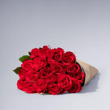 Rote Rosen Größe M 20 Stiele mit Rotkäppchen Sekt Schön, dass es dich gibt
