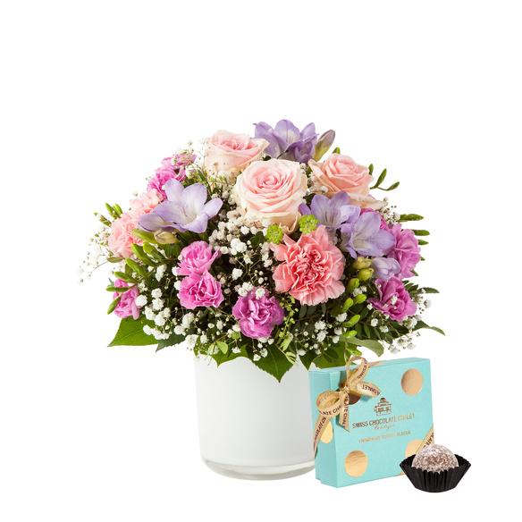 Blumenstrauß  Blumenkuss Größe M mit Champagne Truffes