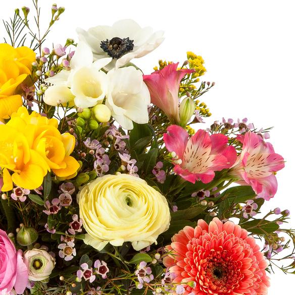 Blumenstrauß  Blumentraum mit Geburtstagssekt
