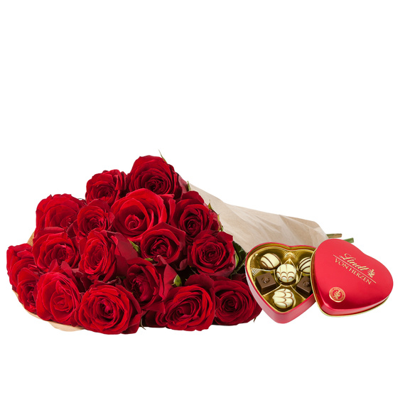 Rosenstrauß  Rote Rosen M mit Lindt Herz