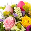 Blumenstrauß  Osterglück mit Grand Ferrero Rocher