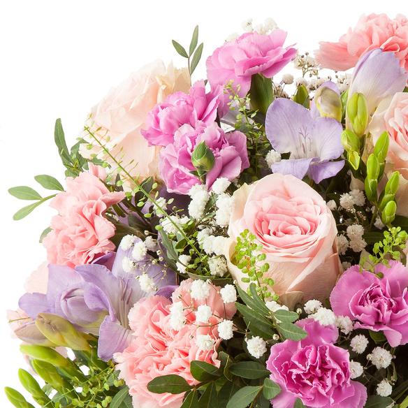 Blumenstrauß  Blumenkuss Größe L mit Niederegger Nougat Herzen