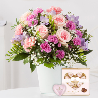Blumenkuss Größe L mit Niederegger Nougat Herzen