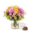 Blumenstrauß  Blumenmeer mit Geburtstagsküchlein mit Kerze