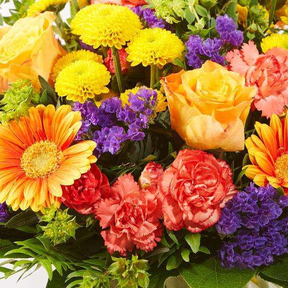 Blumenstrauß  Happy Birthday Größe M mit Piccolo Happy Birthday und Geburtstagsküchlein