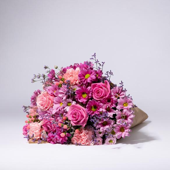 Wiesenstrauß  Traumhaft Pink Größe L mit Sachertorte
