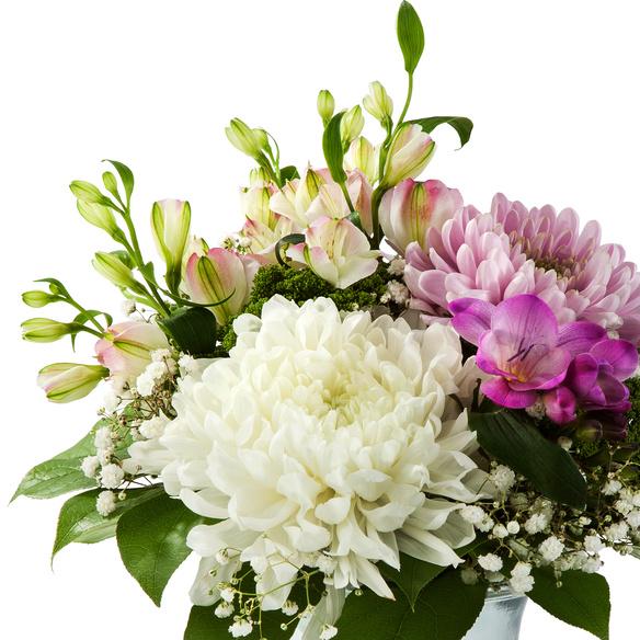 Blumenstrauß  Blumenfreude mit Lindt Süße Grüße