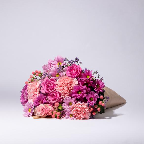 Wiesenstrauß  Traumhaft Pink Größe M mit Vaux Rosé Sekt brut