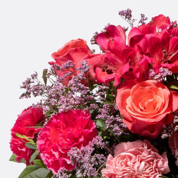 Blumenstrauß  Glücksbote mit Lindt Lindor Herz