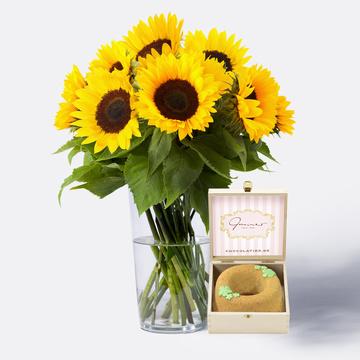 Sonnenblumen 10 Stiele mit Nusskranz