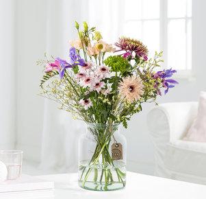 Wiesenstrauß Fairytale Flowers Größe M in Weiss, Gelb, Rosa, Creme, Lila und Grün