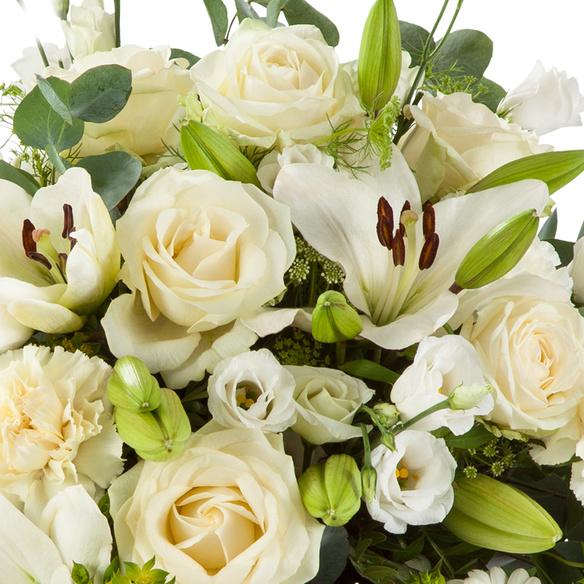 Blumenstrauß  Herzliches Beileid