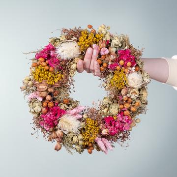 Trockenblumenkranz Blütenfest