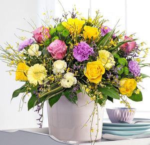 Blumenstrauß Frühlingsglück in Gelb, Creme und Lila