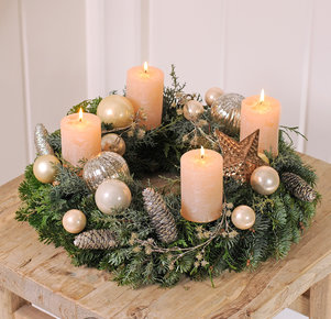 Adventskranz Nature Beauty in Creme, Silber, Gold und Braun