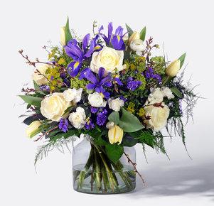 Blumenstrauß Chrystal Blessing in Weiss und Blau
