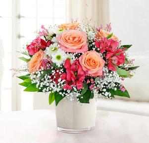 Blumenstrauß Glückspost in Weiss, Pink und Apricot