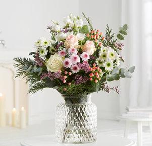 Blumenstrauß Blütenschein in Weiss, Rosa, Pink, Creme und Lila