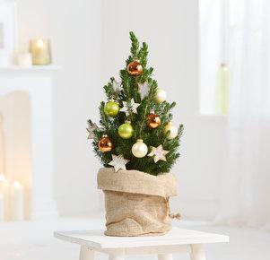 Weihnachtsbaum Santa´s Winter Lodge in Weiss, Kupfer, Grün und Braun