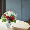 Blumenstrauß  Only for You Größe M mit Lindt Herz